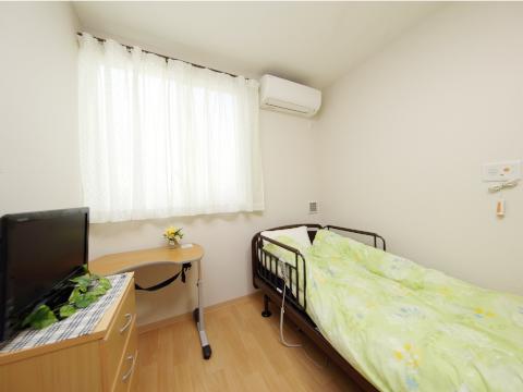 施設特有のざわつき感をなくし、家庭的で快適な、温かみのある暮らしをご提供いたします