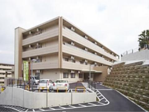 スーパー・コートあやめ池(奈良市)